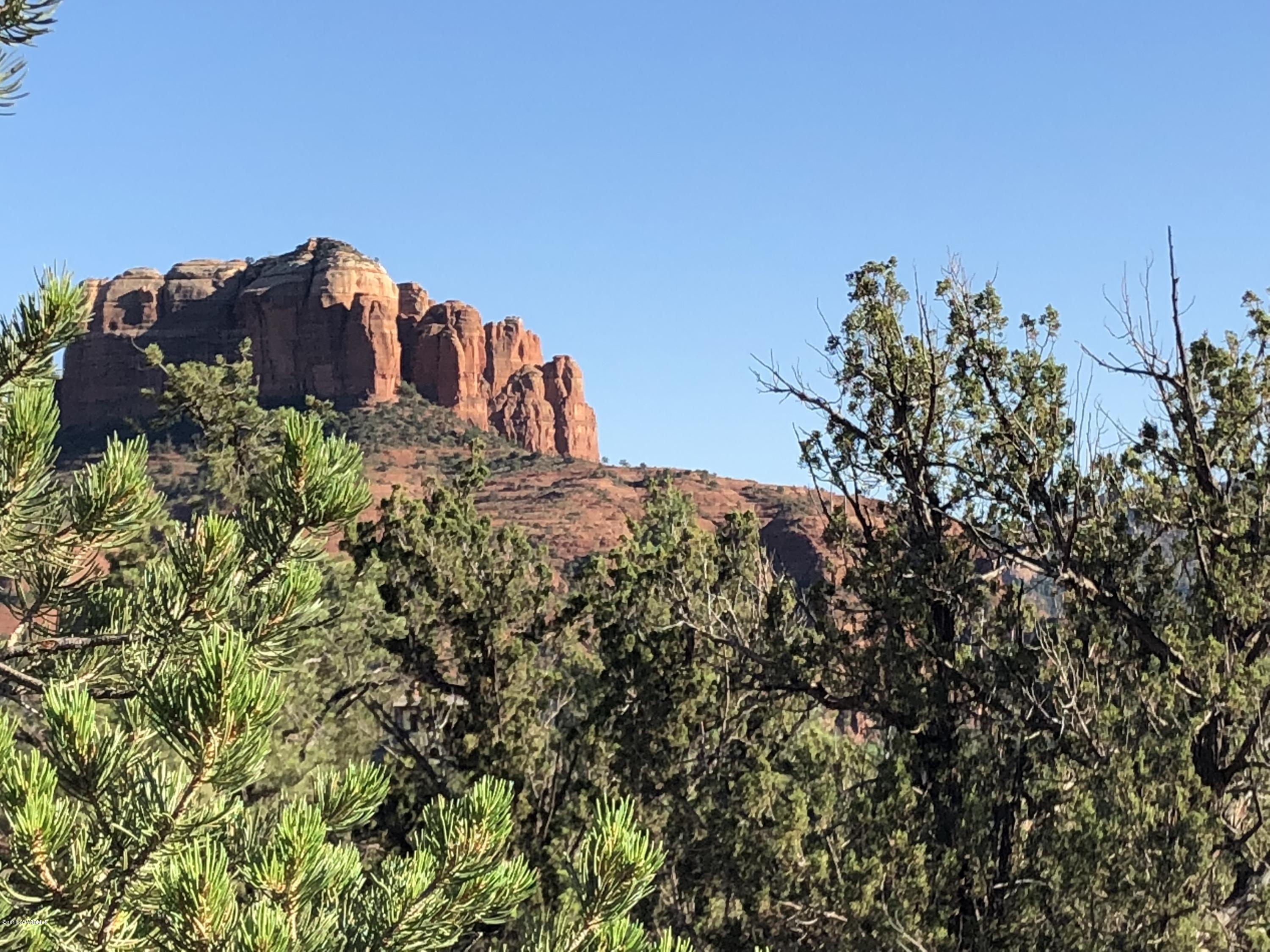 17 Peak Point Sedona, AZ 86336