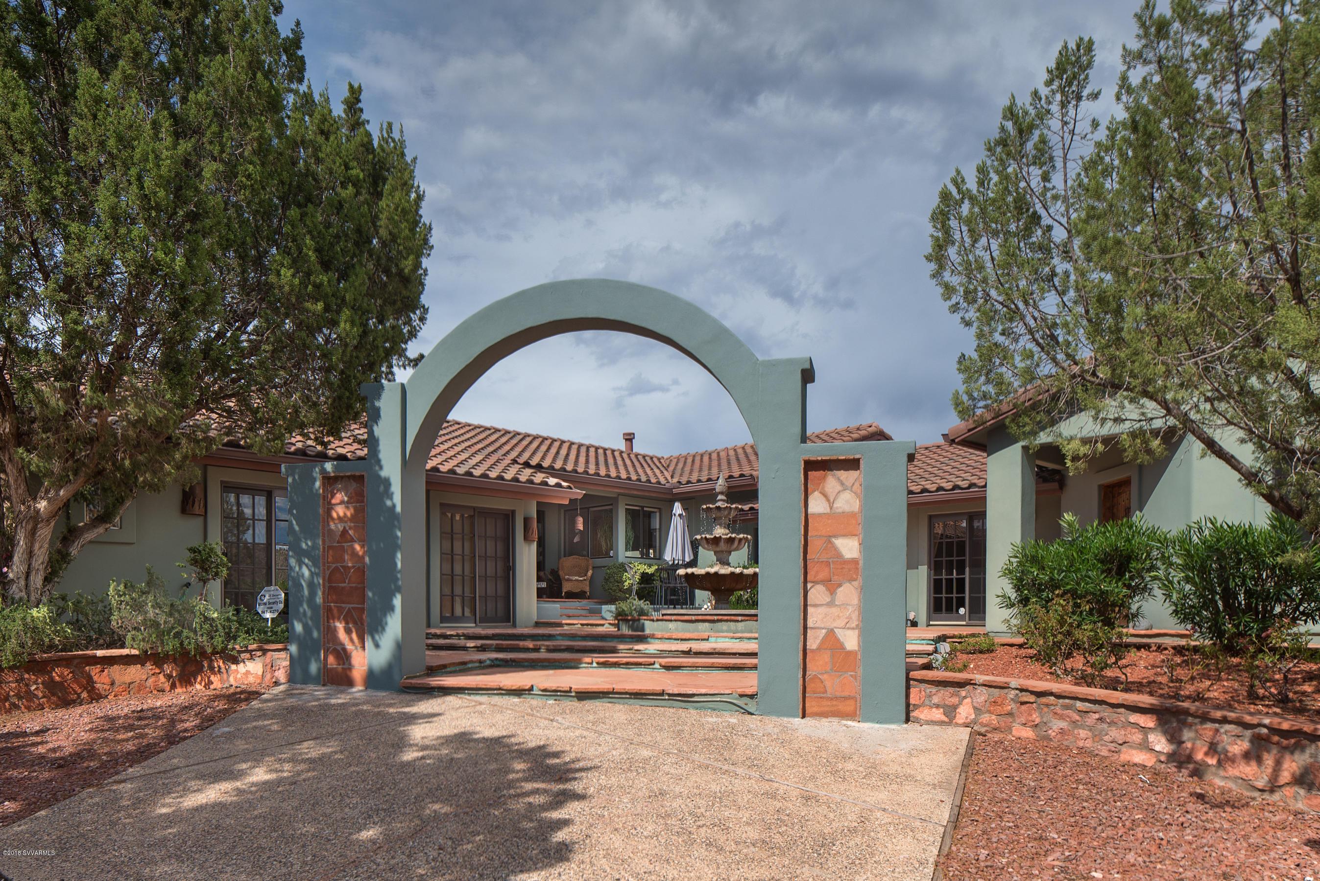 140 Blue Jay Drive Sedona, AZ 86336