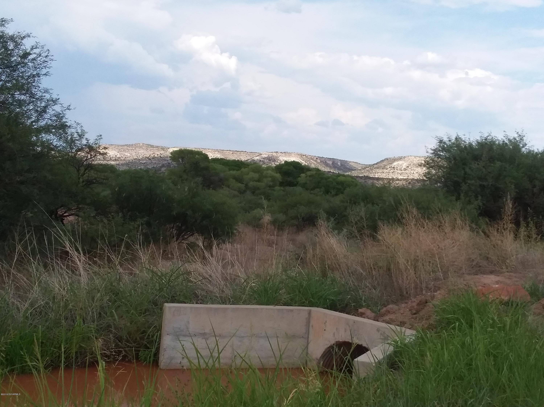 16.91 Finnie Flat Camp Verde, AZ 86322