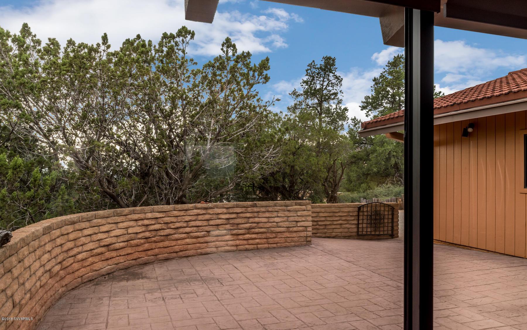 204 Caballo Drive Sedona, AZ 86336