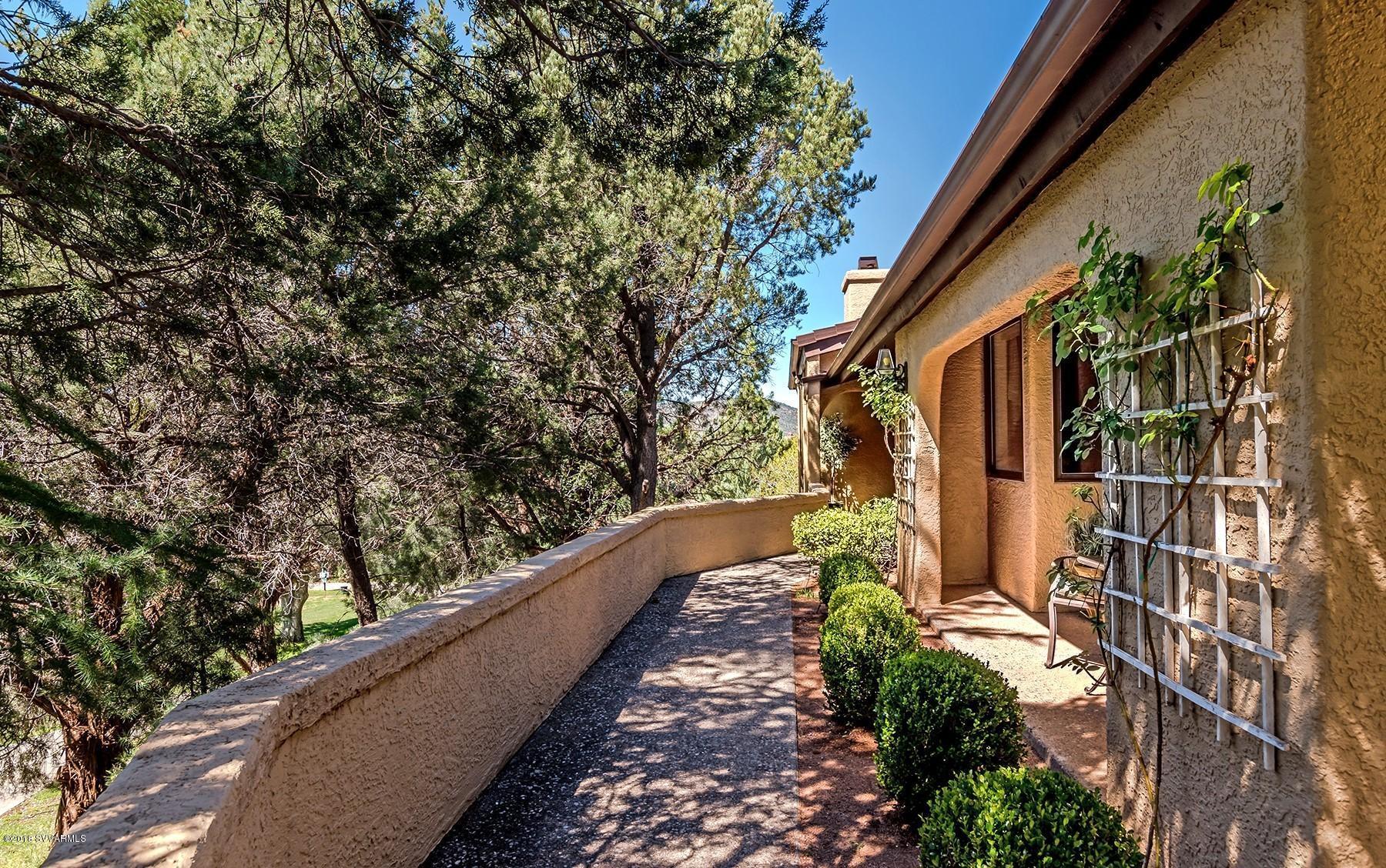 32 Running Springs Drive UNIT 85 Sedona, AZ 86351