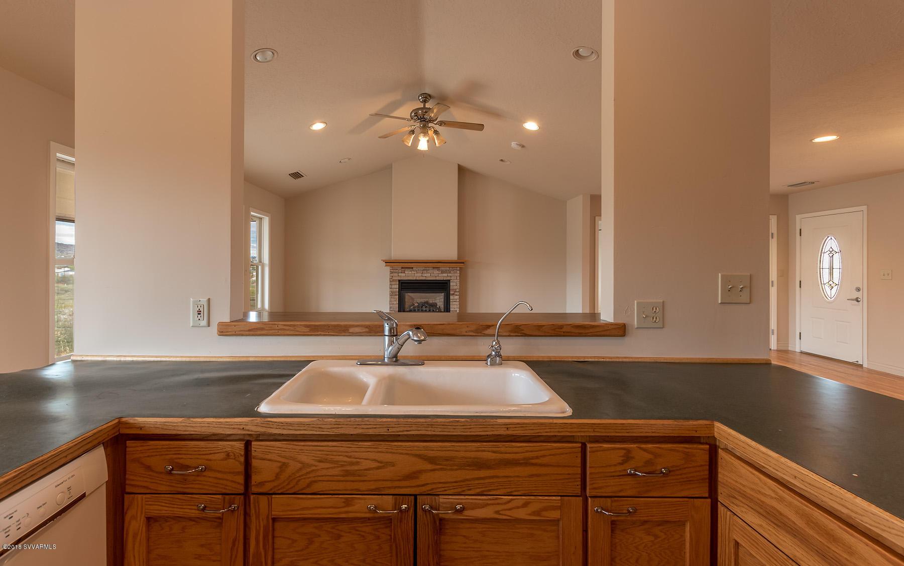 75 S Blue Heron Drive Cornville, AZ 86325