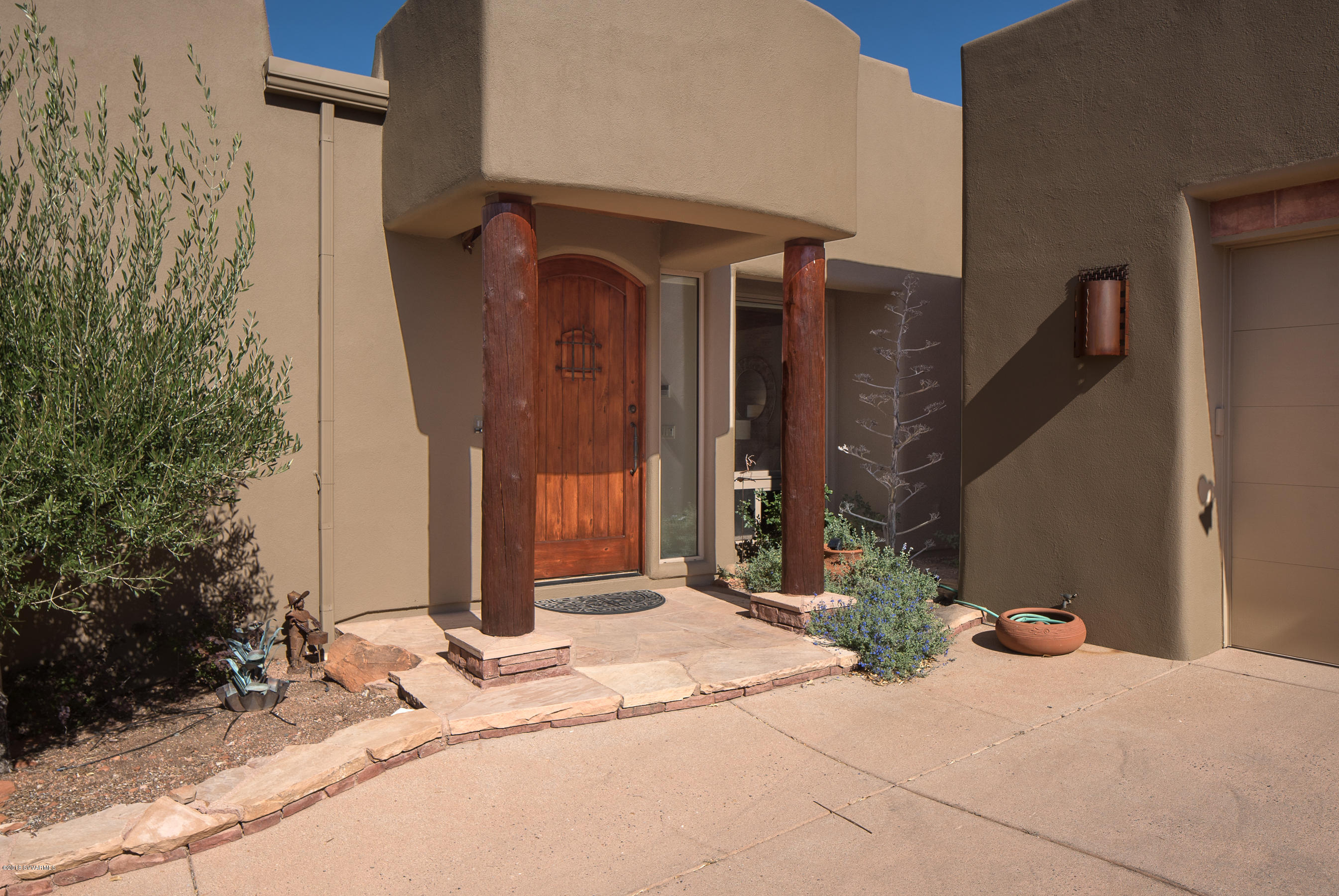 425 Panorama Blvd Sedona, AZ 86336