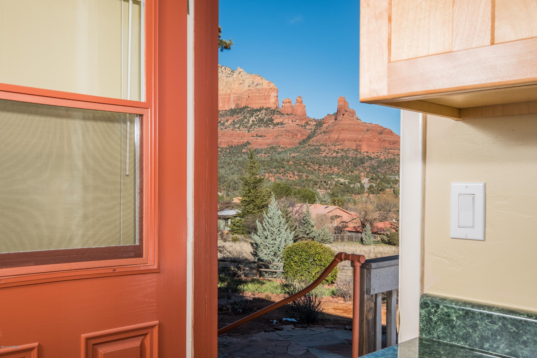 40 Navajo Tr Sedona, AZ 86336
