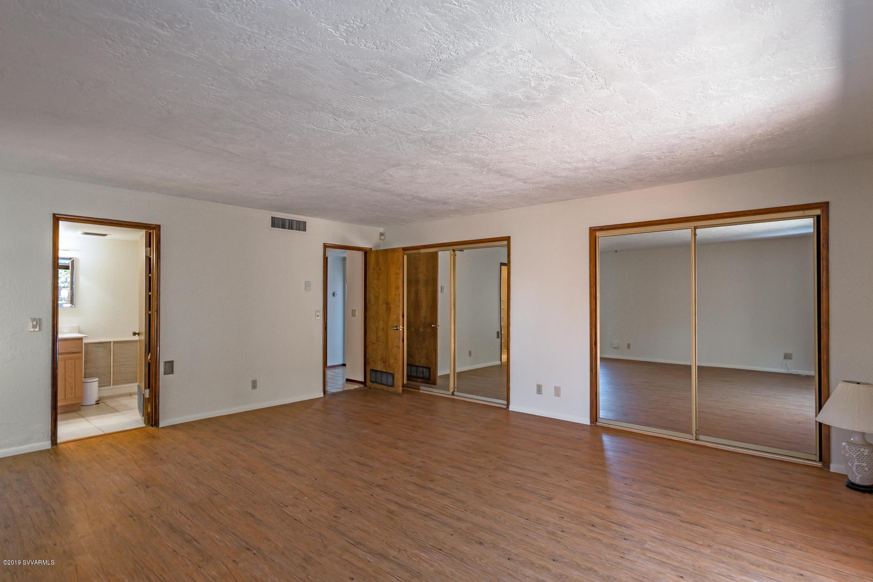 335 Montazona Tr Sedona, AZ 86351