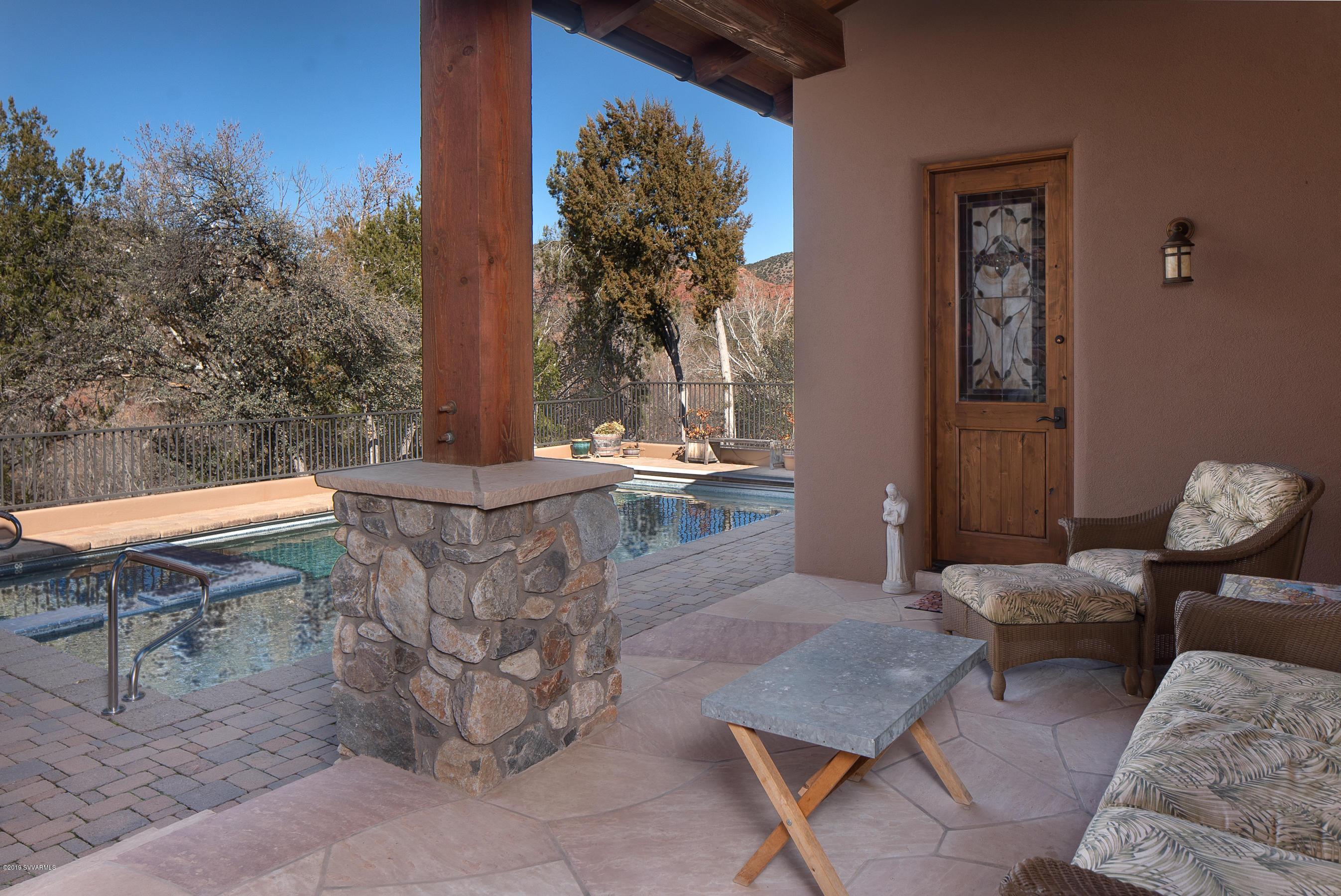 395 Cross Creek Circle Sedona, AZ 86336