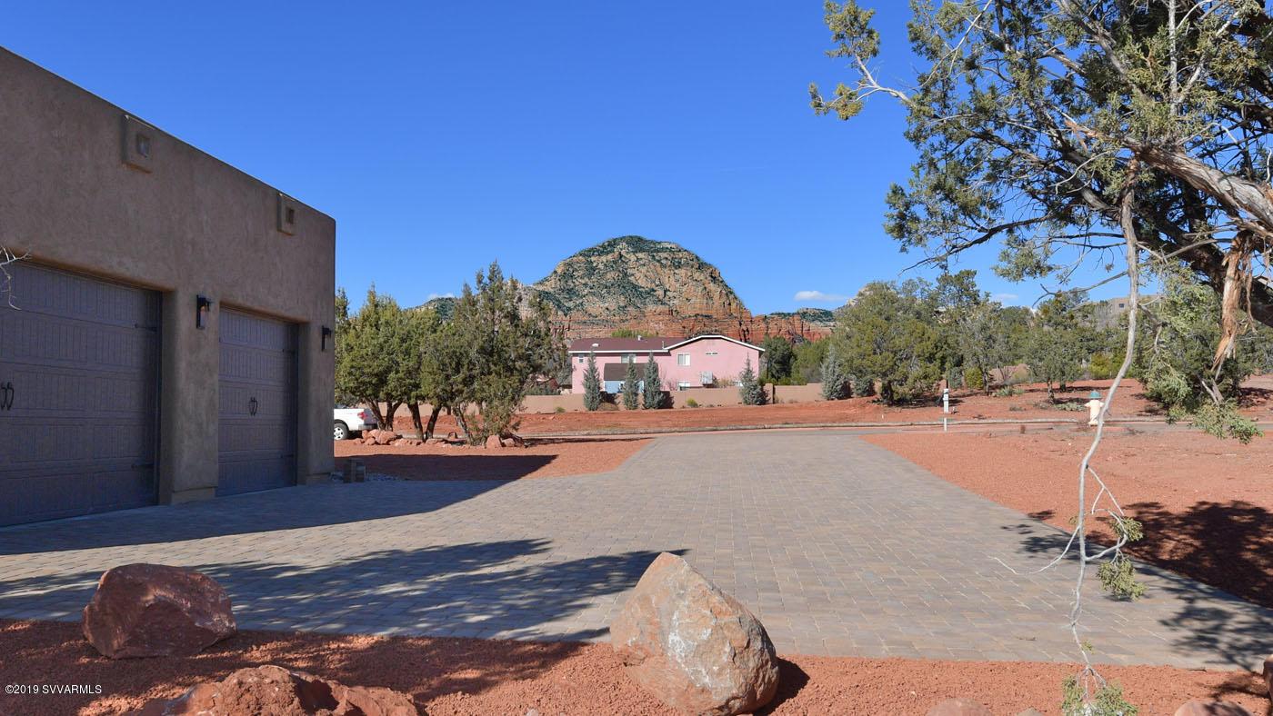 15 Via Del Arte Sedona, AZ 86336