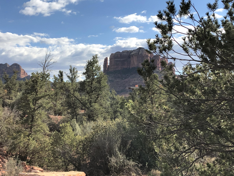 37 Peak Point Sedona, AZ 86336