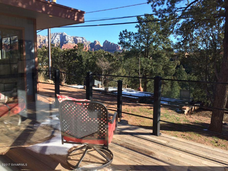 200 Mountain Shadows Drive Sedona, AZ 86336