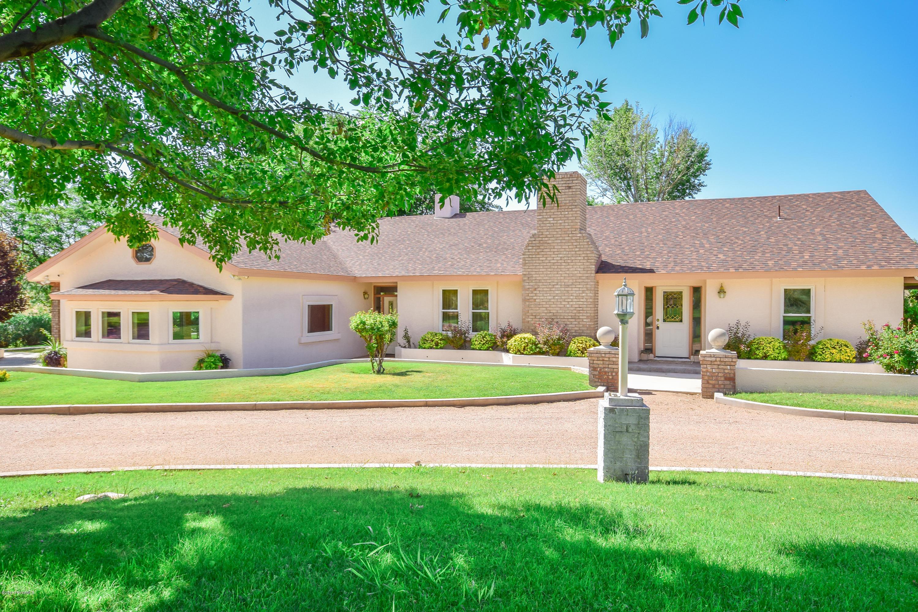1950 S Equestrian Way Cornville, AZ 86325