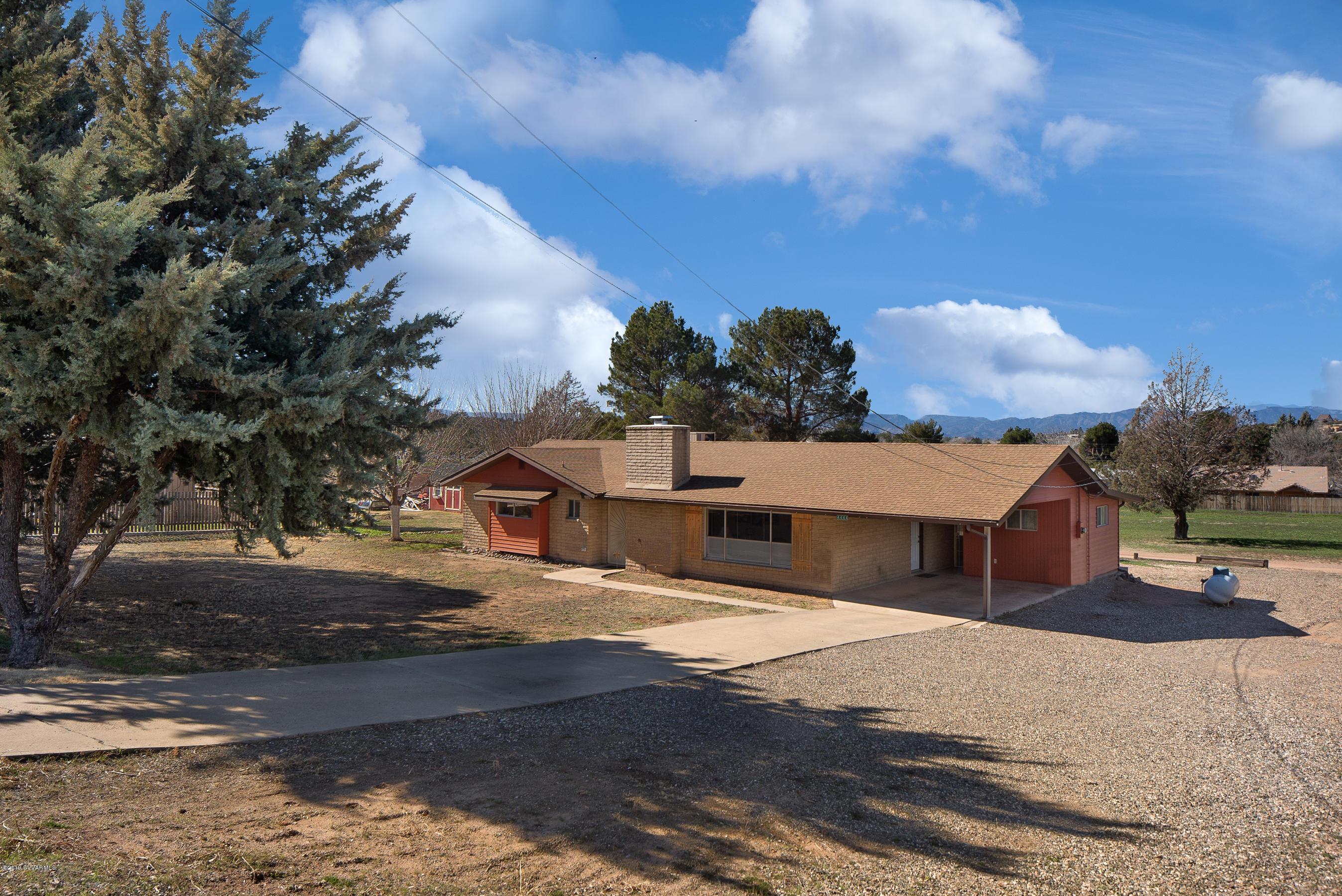 4444 N Montezuma Ave Rimrock, AZ 86335