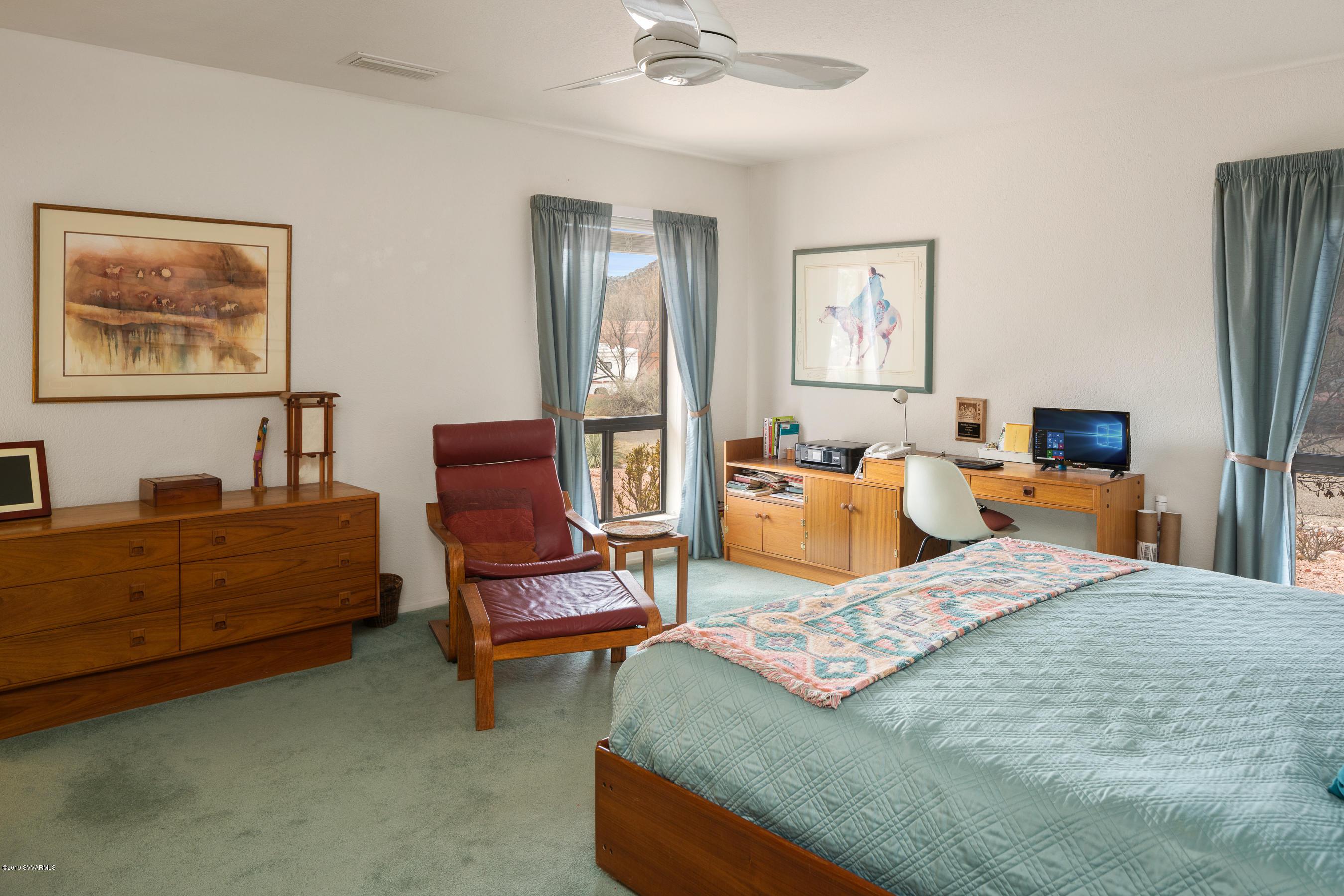 10 Vaquero Circle Sedona, AZ 86351