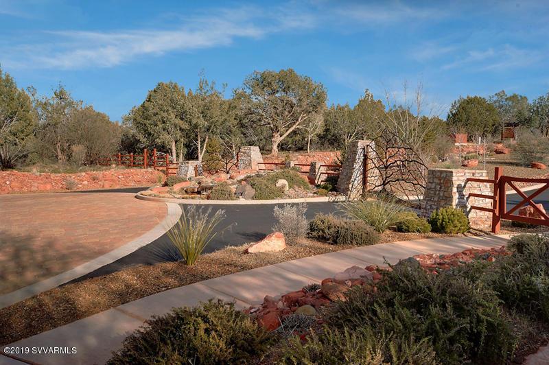 25 Russet Ridge Sedona, AZ 86336