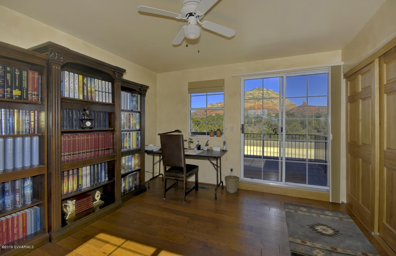 48 W Plumage Drive Sedona, AZ 86336