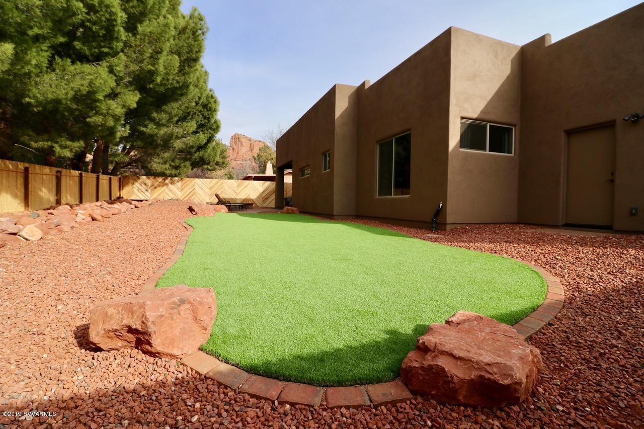 15 Yellow Hat Circle Sedona, AZ 86351