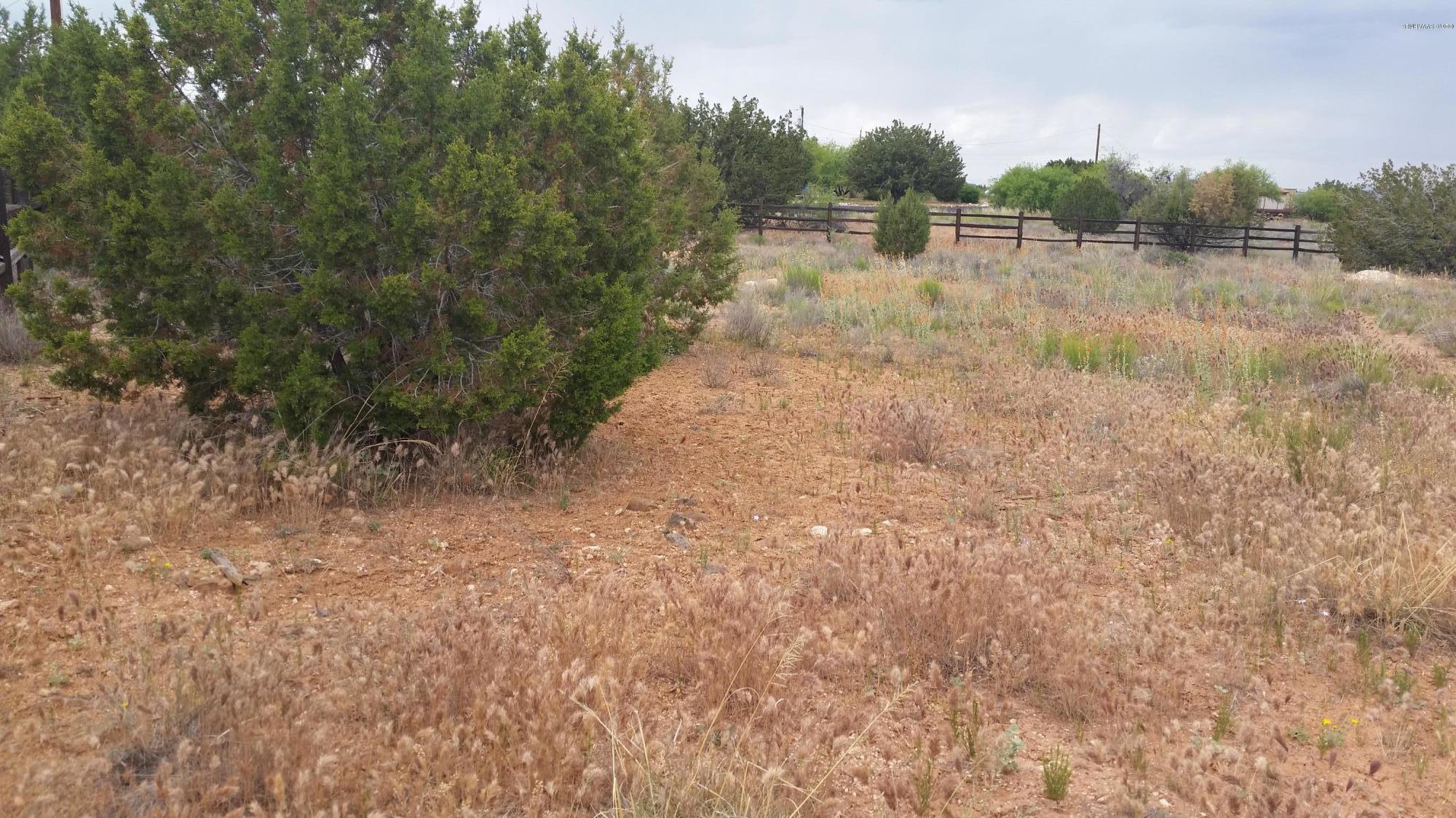 4310/4320 N Desert Wood Rimrock, AZ 86335