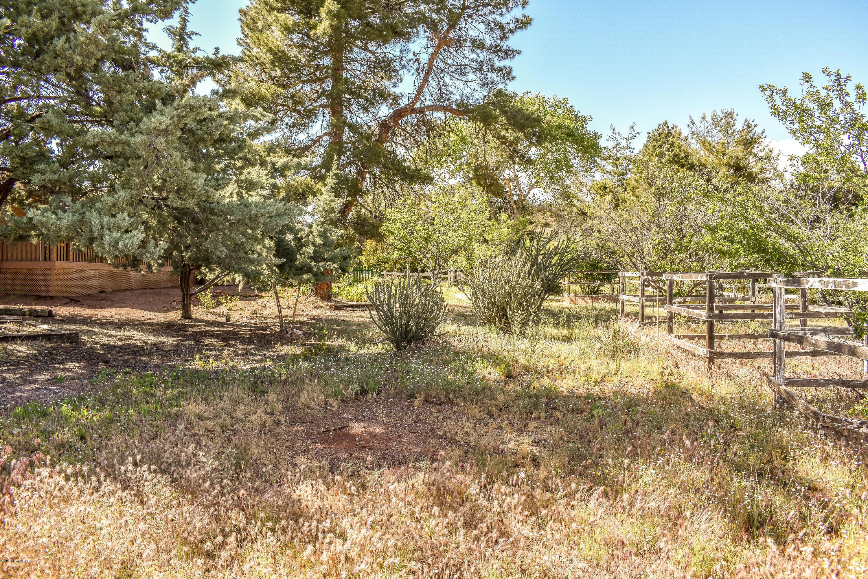 10 Montazona Tr Sedona, AZ 86351