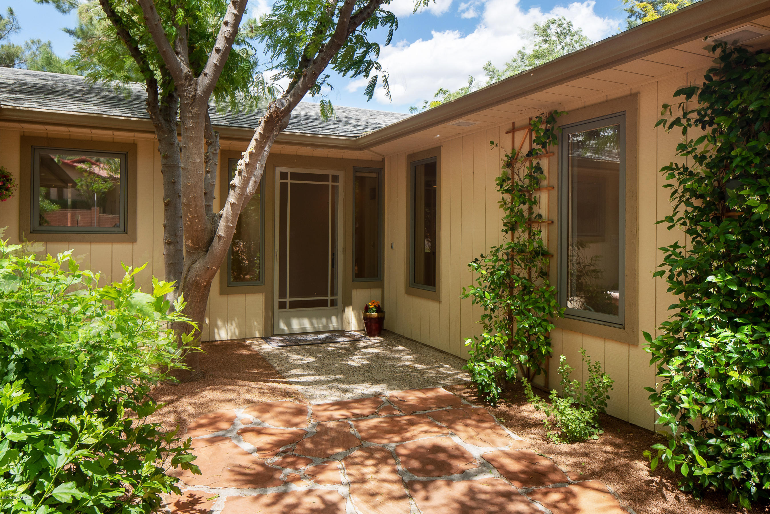 190 Montazona Trail Sedona, AZ 86351