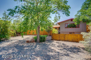 A FULLY Furnished charming Cabin tucked in the heart of Uptown Sedona.