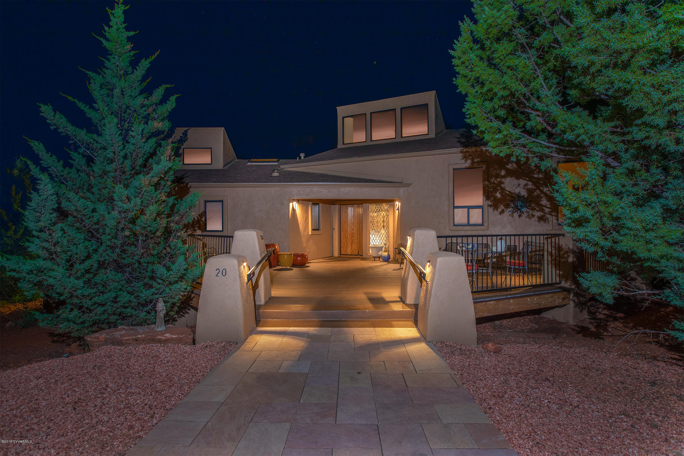 20 Shadow Circle Sedona, AZ 86336
