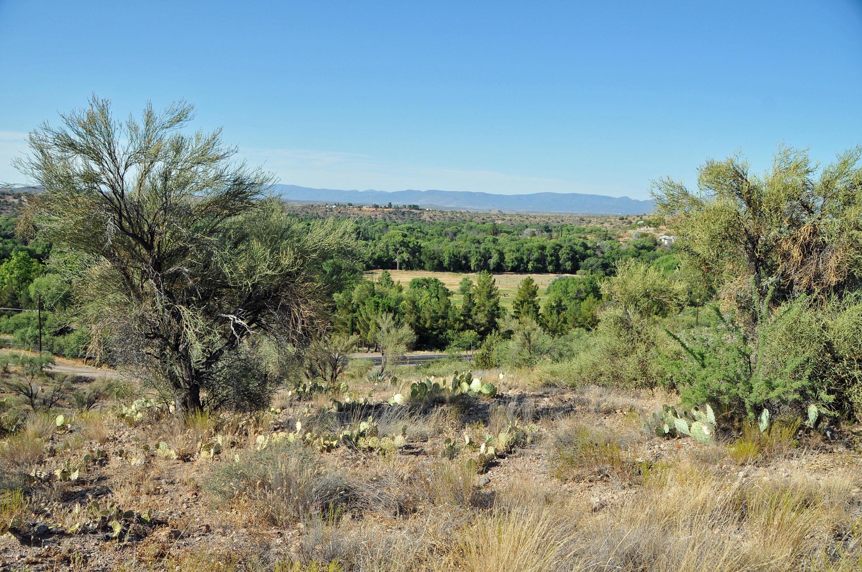 12515 E Cielo Vista Cornville, AZ 86325
