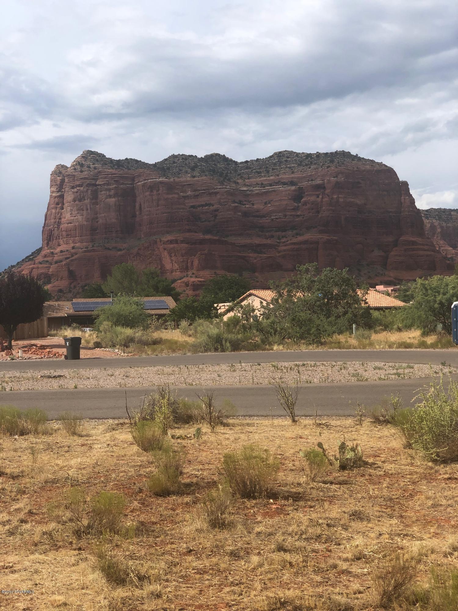 205 Roca Roja Sedona, AZ 86351