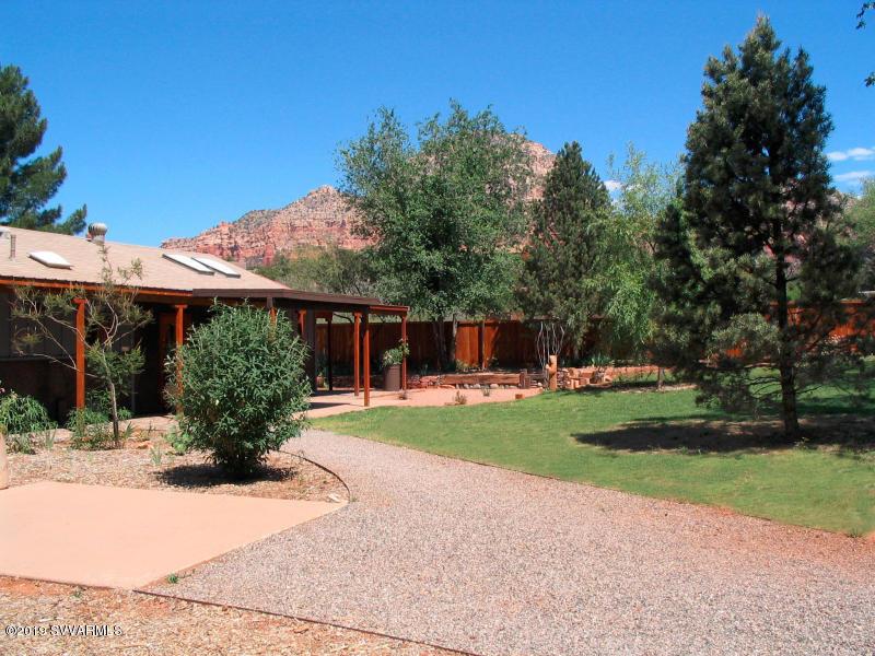 40 W Goodrow Lane Sedona, AZ 86336