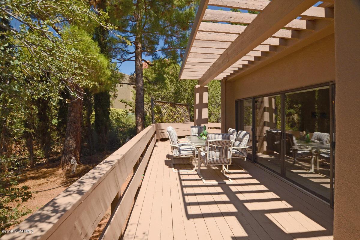 90 Merry Go Round Rock Rd Sedona, AZ 86351