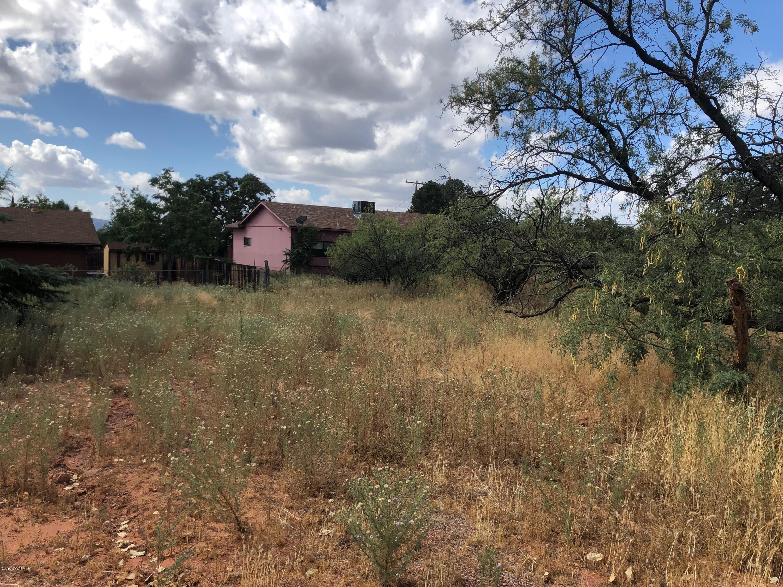 135 B Grasshopper Sedona, AZ 86336
