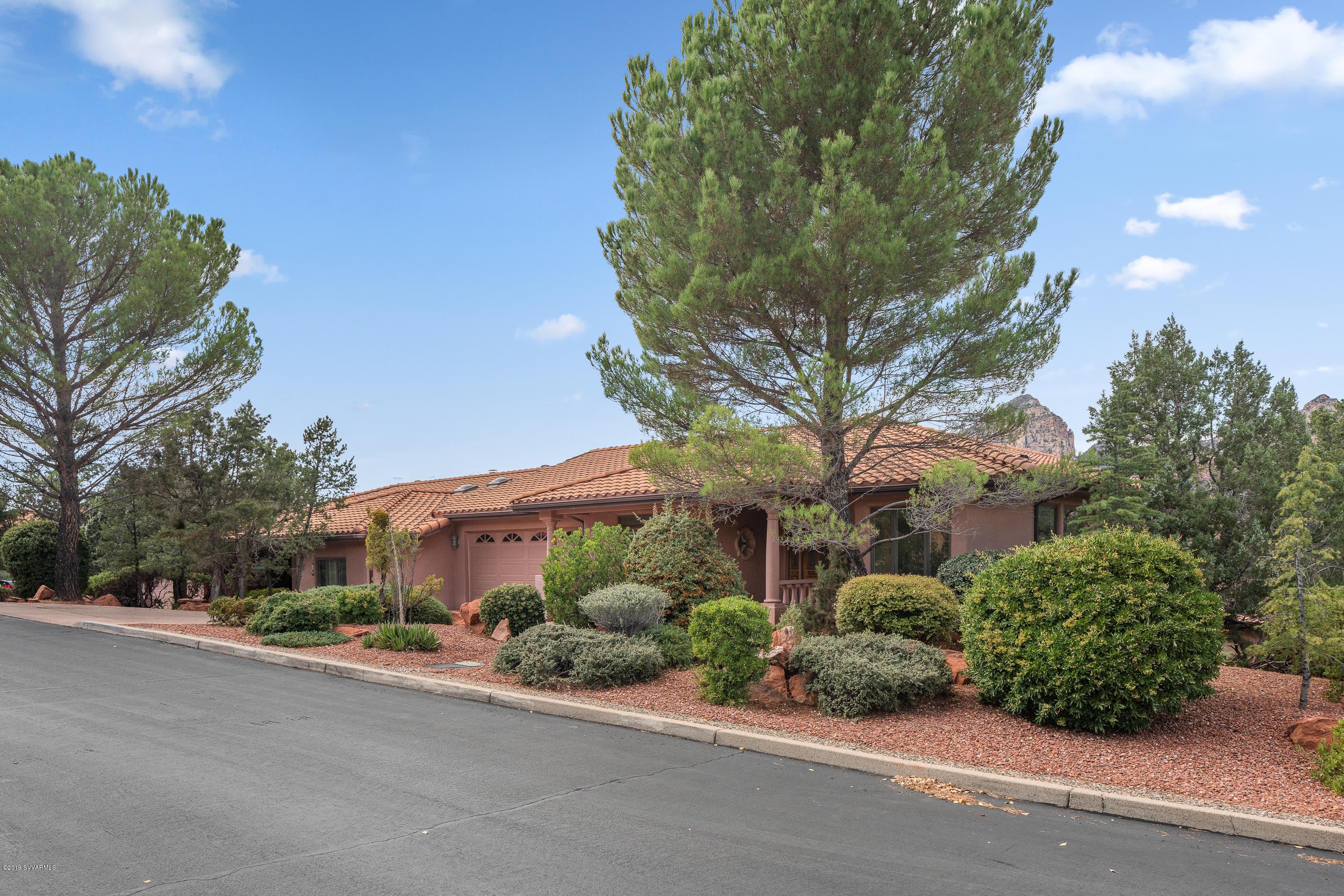 6 Courtney Circle Sedona, AZ 86336