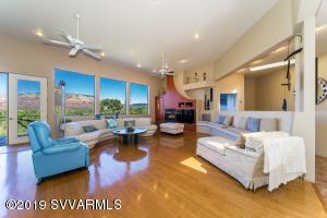 220 Rockridge Drive, Sedona, AZ 86336