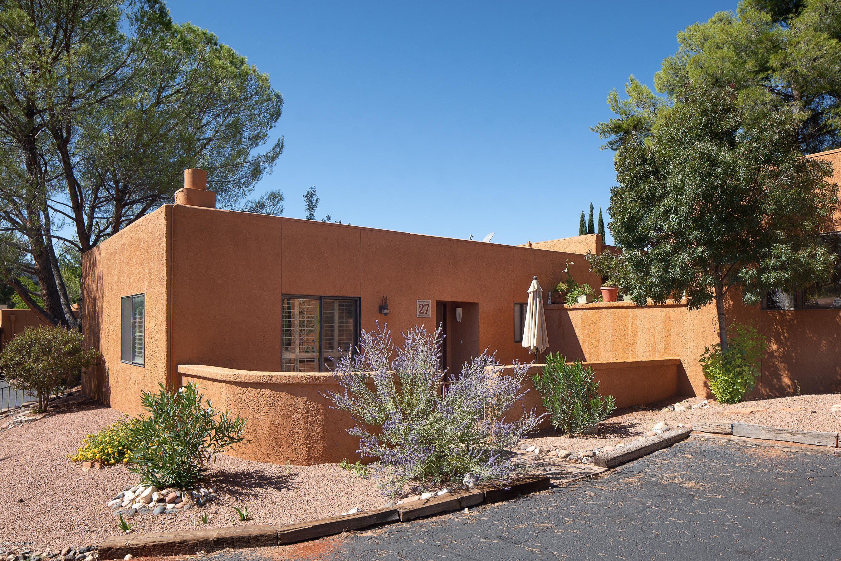 165 Verde Valley School #27 Sedona, AZ 86351