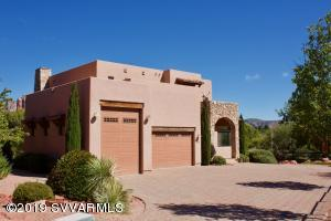 Extravagant Home with Red Rock Views! Spacious RV Garage