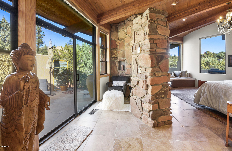 135 Painted Cliffs Drive Sedona, AZ 86336