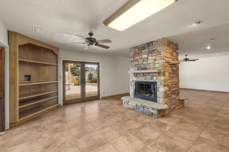490 Deer Pass Drive Sedona, AZ 86351