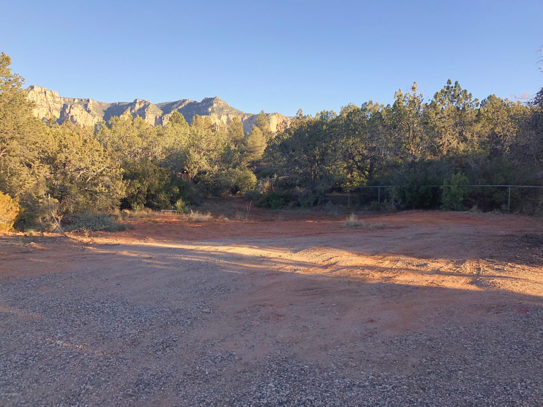 15 Redwing Sedona, AZ 86336