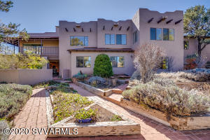 95 Color Cove sits on 2.5 acres...