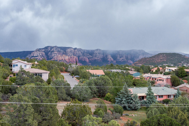 300 Mountain Shadows Drive Sedona, AZ 86336