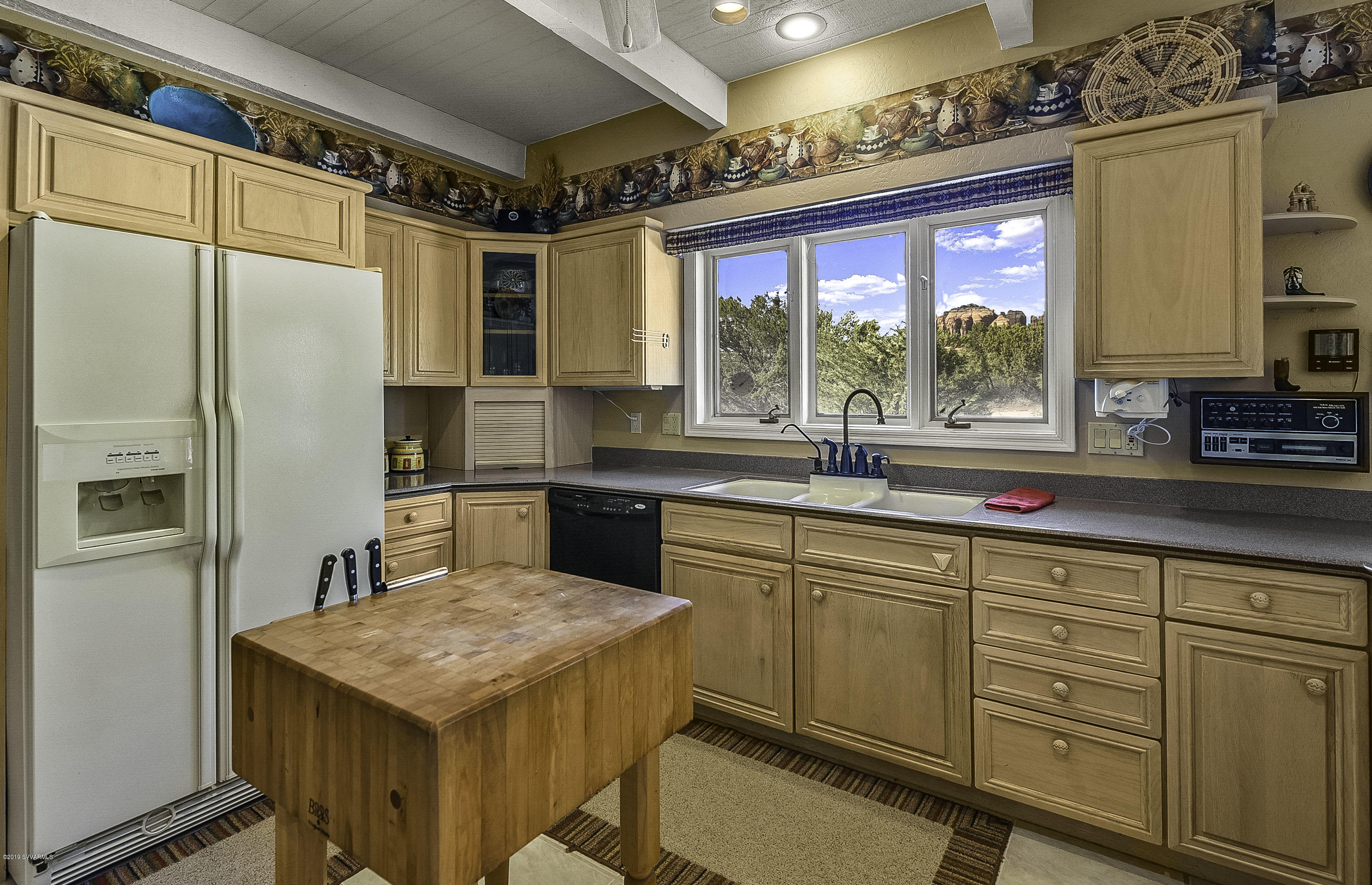 85 Simmons Lane Sedona, AZ 86351