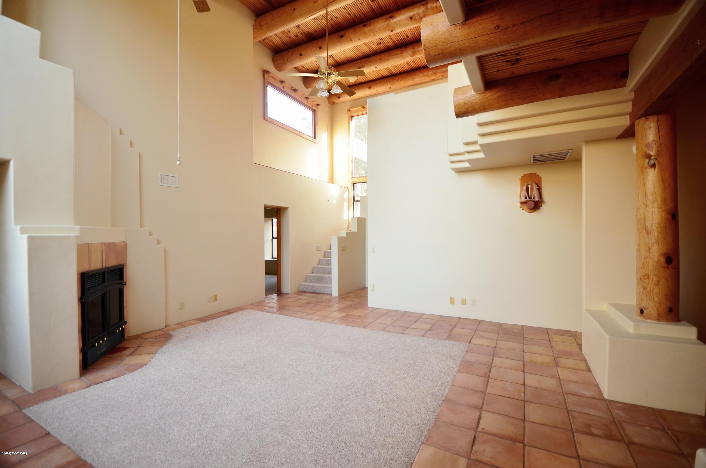 450 Montazona Tr Sedona, AZ 86351