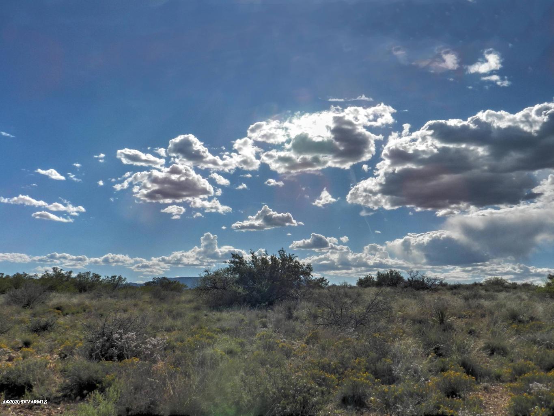 0000 N Rolling Stone Cornville, AZ 86325