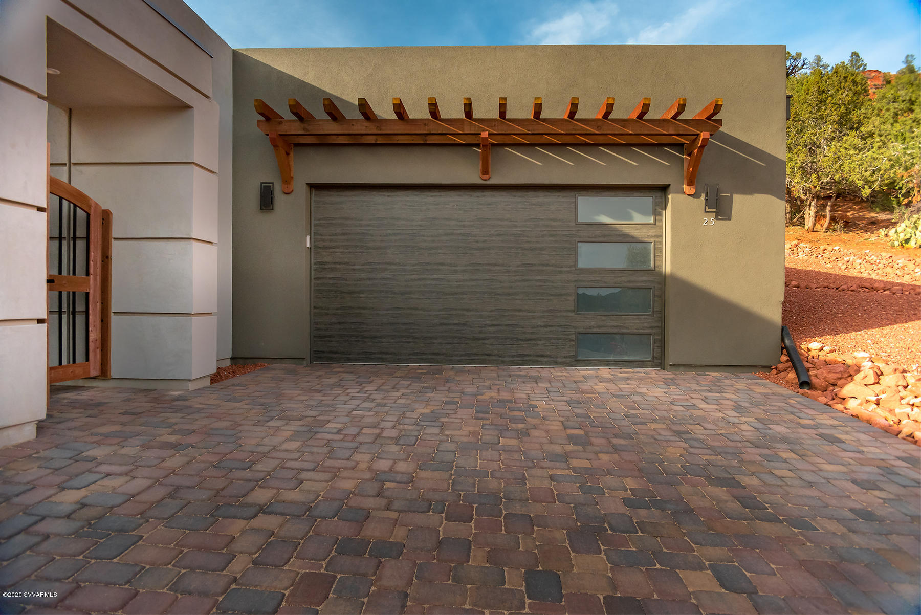 25 Red Range Circle Sedona, AZ 86351