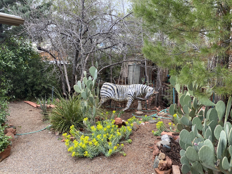 75 Willow Way Sedona, AZ 86336