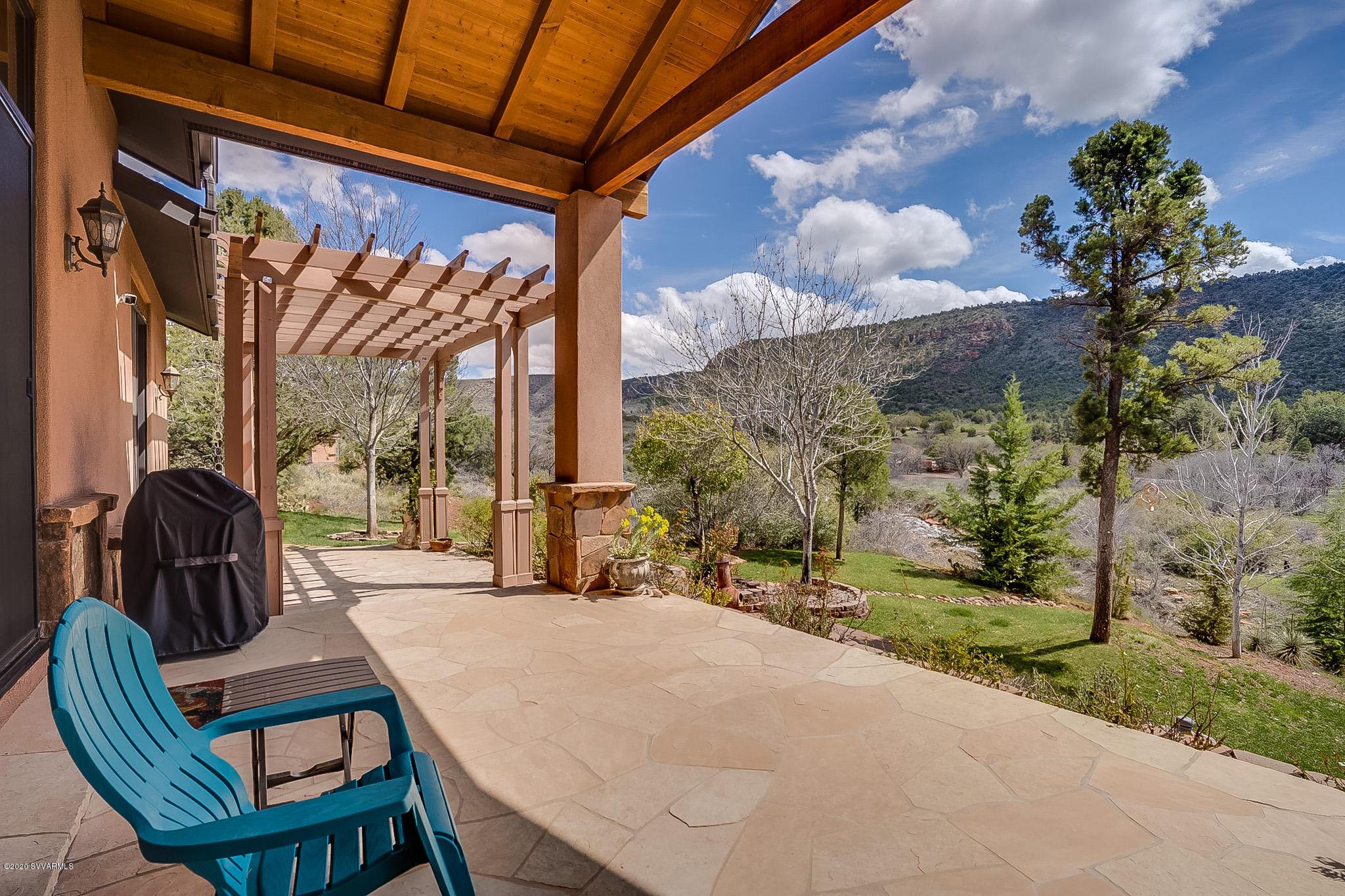 15 Canyon Ridge Tr Sedona, AZ 86351