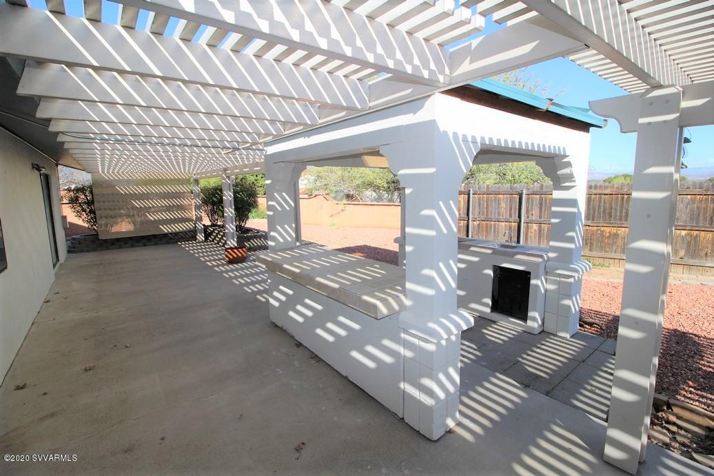 2024 Wranglers Way Cottonwood, AZ 86326