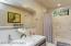 Euro Custom Cabinetry, Full Tub Shower