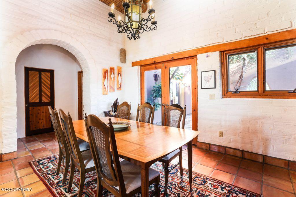 25 Sierra Roja Circle Sedona, AZ 86351