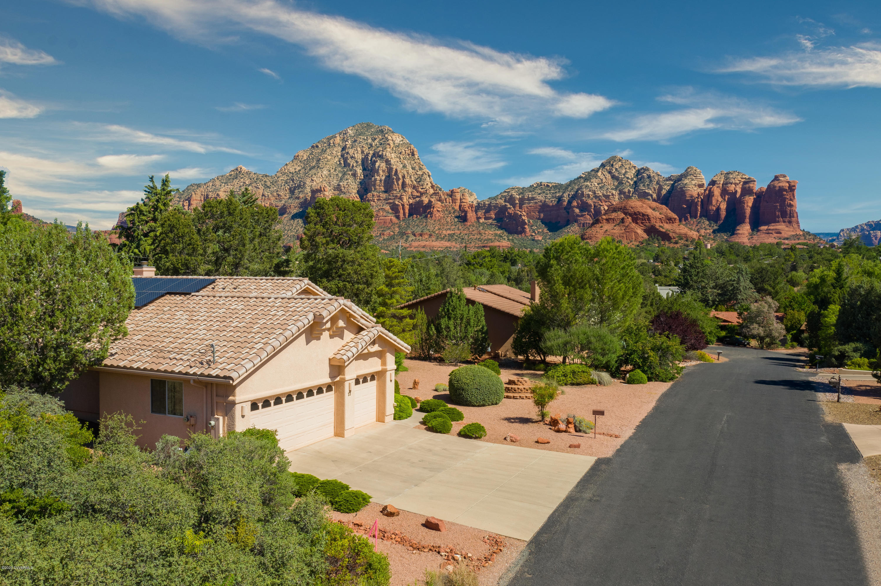 35 Johnny Guitar Circle Sedona, AZ 86336