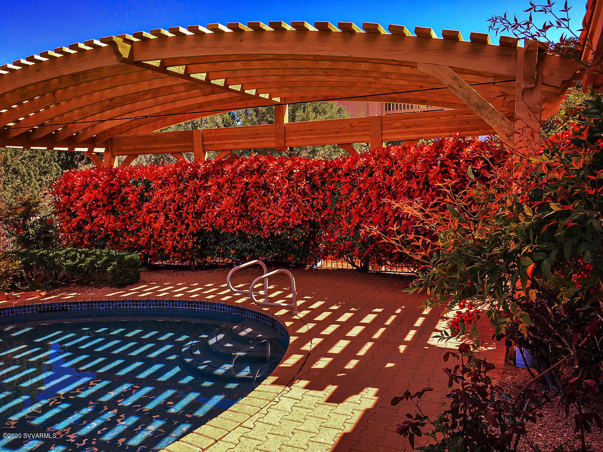 147 El Camino Tesoros Sedona, AZ 86336