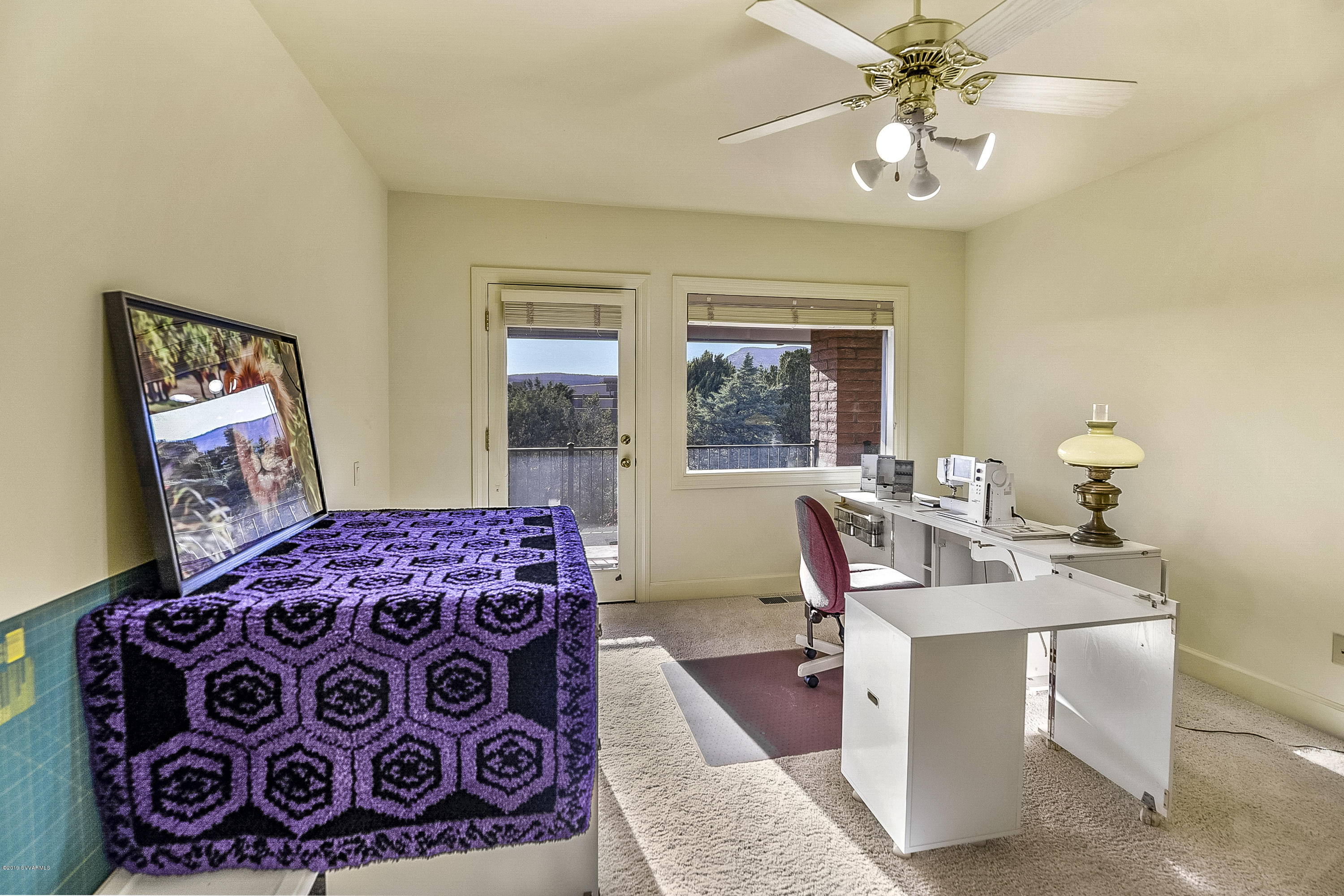 135 Desert Holly Drive Sedona, AZ 86336